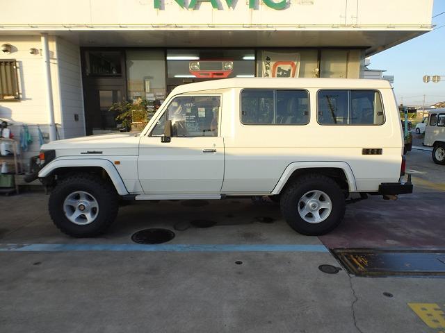 http://navic4x4.com/car_sales/img12/DSC09902.jpg