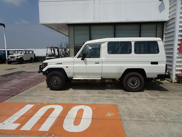 http://navic4x4.com/car_sales/img13/DSC02336.jpg